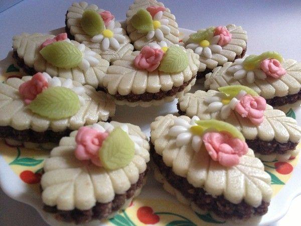 Kefta aux roses ( Nutella et noix )